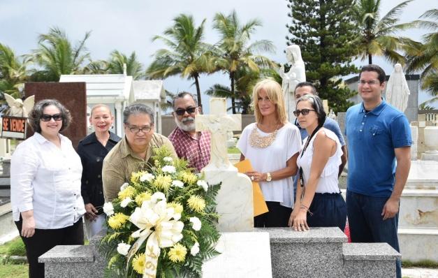 Ofrenda Floral inicia Semana de la Prensa